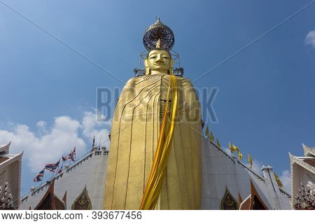 Bangkok, Thailand, February 12, 2020: The Golden Buddha Statue Which Is 32meters High At Wat Inthara
