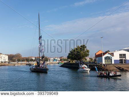 Les Sables D'olonne, France - November 08, 2020: Alex Thomson Boat (hugo Boss) In The Channel For Th