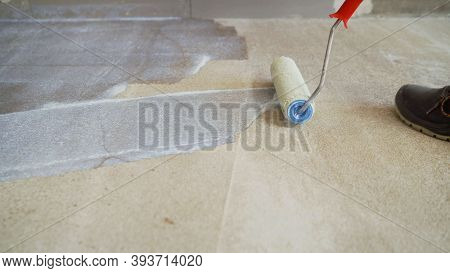 Concrete Floor Priming Is The Final Preparatory Stage For Surface Strengthening. Priming The Concret