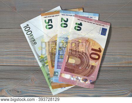 Money Euro Euros Bill Banknotes Save Expenses Earnings