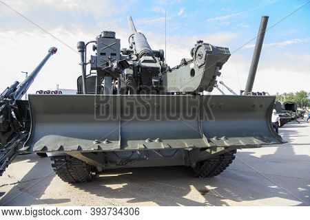 Rostov-on-don, Russia - August 28, 2020: 203 Mm Self-propelled Gun 2s7
