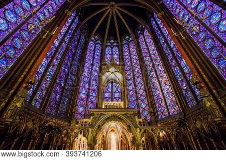 Paris, France- January 3, 2013: Altar In The Upper Chapel In Sainte Chapelle. Sainte Chapelle Is One