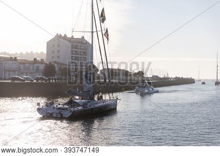 Les Sables D'olonne, France - November 08, 2020: Pip Hare Boat (medallia) In The Channel For The Sta