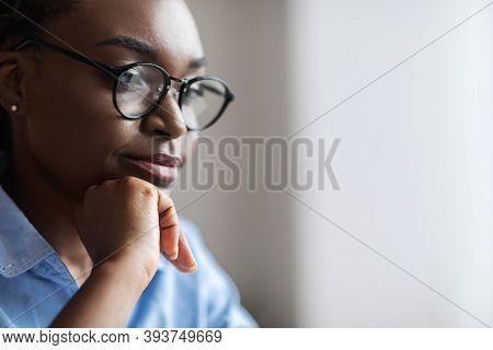 Closeup Indoor Portrait Of Black Female Business Analyst In Eyeglasses, Confident African American B