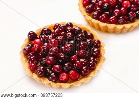 Cranberry Tart. Delicious Cranberry Tart With Jellied And Fresh Cranberries For Thanksgiving Or Chri