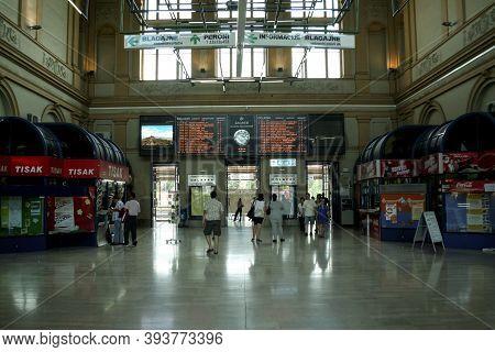 Zagreb, Croatia - June 1, 2008: Interior Of Departures Hall Of  Zagreb Glavni Kolodvor, Central Trai