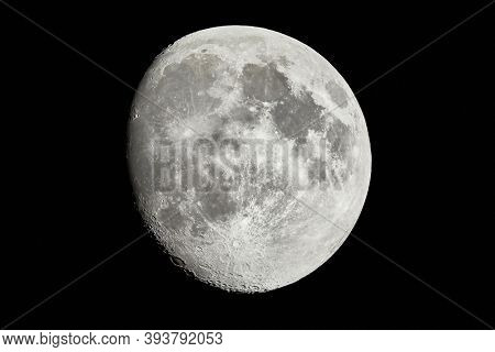 Moon detailed shot, taken at 1600mm focal length, waxing gibbous phase, contrasty details, craters