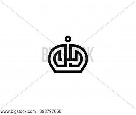 Elegant Crown Premium Logo. Monarch Symbol. Premium Boutique Jewelry Hotel Spa Vector Emblem Sign Lo