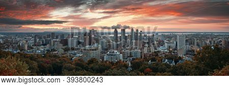 Montreal sunrise city skyline panorama with skyscraper in Canada