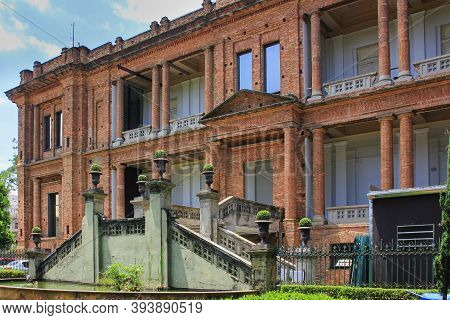 Sao Paulo,brazil, Jan 2016. The Pinacoteca, The Oldest And Largest Art Museum Of Country With Wide-r