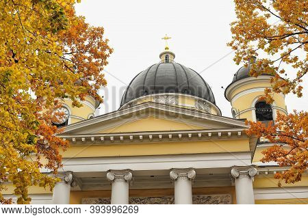 Russia, St. Petersburg, 11,10,2013 The Transfiguration Cathedral In St. Petersburg Is The Orthodox C