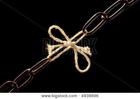 Chain Debilitated With A Cord