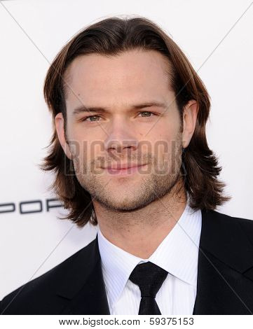 LOS ANGELES - JAN 16:  Jared Padalecki arrives to the Critics' Choice Movie Awards 2014  on January 16, 2014 in Santa Monica, CA