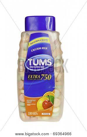 Hayward, CA - July 31, 2014: 330 Fruit flavored chewable Calcium Rich