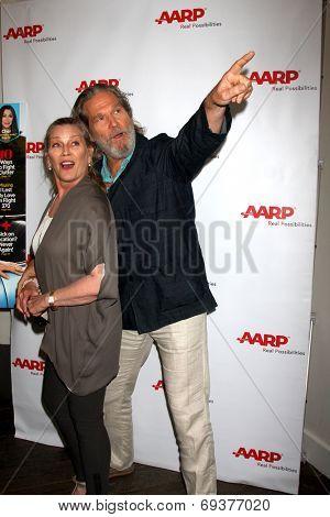 LOS ANGELES - AUG 1:  Susan Bridges, Jeff Bridges at the AARP Luncheon IHO Jeff Bridges at the Spago on August 1, 2014 in Beverly Hills, CA