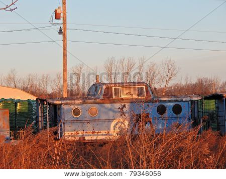 a old caboose sits forgotten