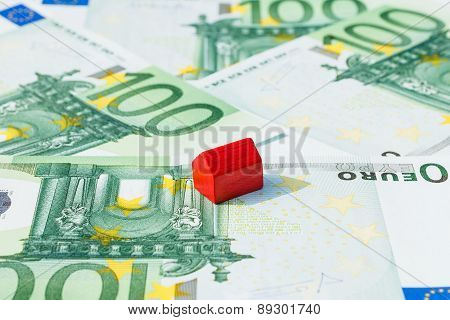 Concept House Sell Money Euro Red