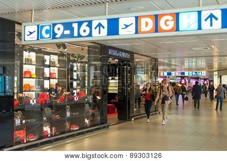 Dolce & Gabbana Store At Fiumicino Airport In Rome