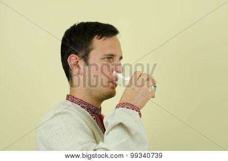 men drink water