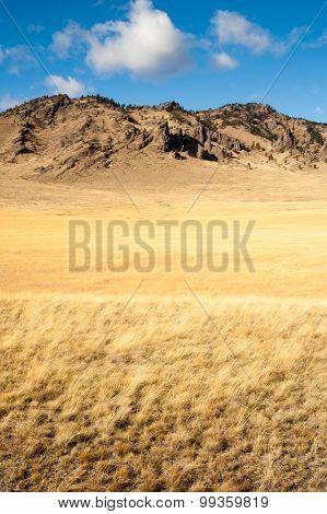 Cliffs Bluffs Valley Farmland Pacific Northwest Territory