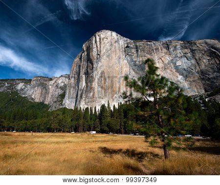 Massive granite rock in Yosemite National Park