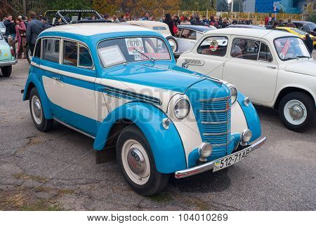 Old soviet car Moskvitch 401 (loose copy of the Ford Prefect) on the Dnepr auto retro show
