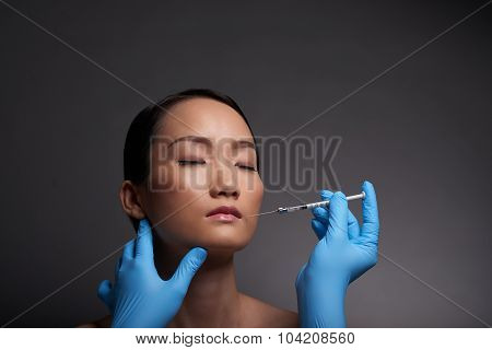 Making anesthetic injection