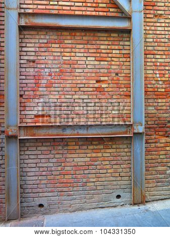 Brick Wall Support