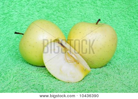 Yellow Apples With The Cut Lobules