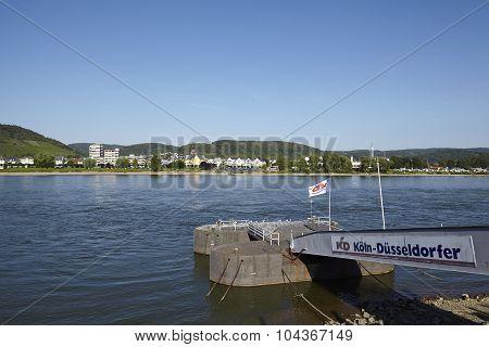 Bad Breisig (germany) - Rhine And Jetty