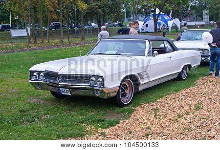 Buick Wildcat Convertible