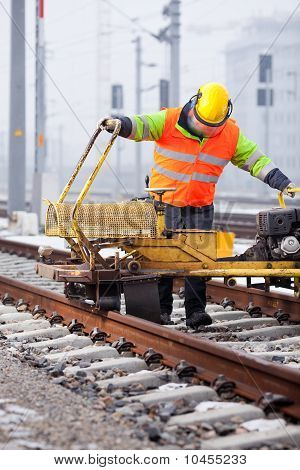 Repair The Railtrack