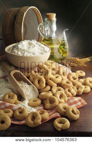 Taralli Bread Snack Italian Food