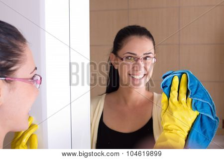 Cleaning Bathroom Mirror