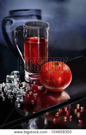 Pomegranate Juice And Crushed Ice