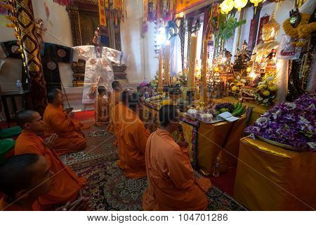 The Chinese Monks Chanting In Wat Phanan Choeng,Ayutthaya,Thailand.