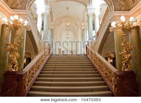 Luxus-Treppe