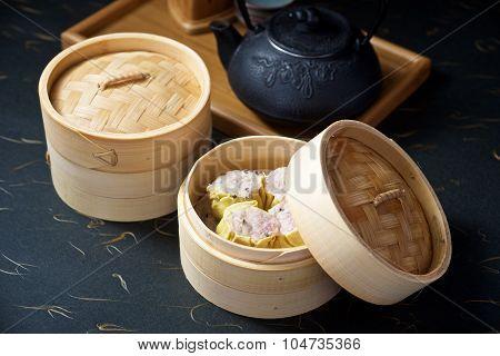 Dimsum Set With Teapot