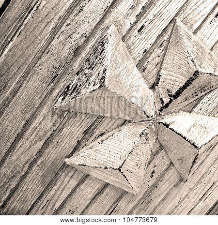 Grain Texture Of A Brown Antique Wooden Old Door In Italy   Europe
