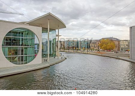 Marie-elisabeth-lueders-haus, Berlin