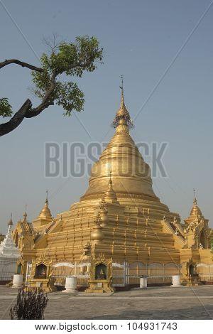 Asia Myanmar Mandalay Kuthodaw Paya