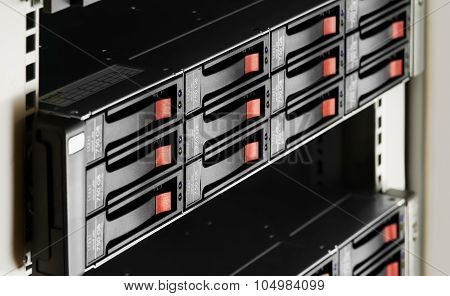 Rack-mounted Disk Array