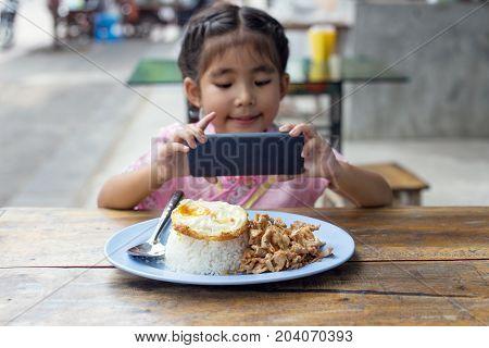 New Generation Behavior Take Photo Food And Share