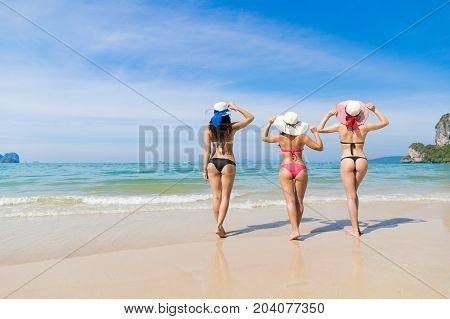 Girl Couple On Beach Summer Vacation, Young Woman Wear Hat Sea Ocean Holiday Travel