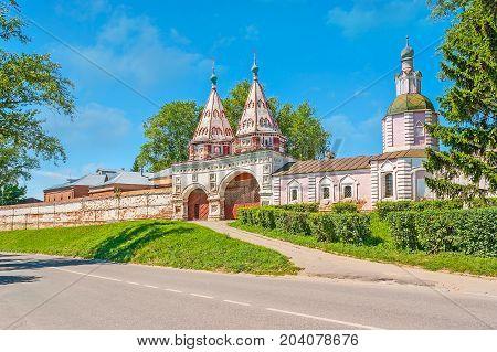 The Rizopolozhensky Convent In Suzdal