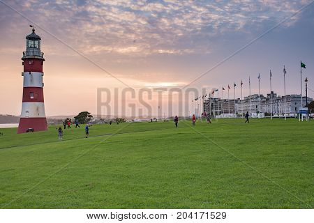 Nice evening on the Hoe in Plymouth.