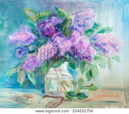 Bouquet of lilac in the glass vase
