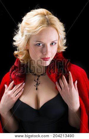 Sexy Model Wearing Winter Fur Red  Coat