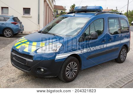 car of police gendarmerie in french means police for country