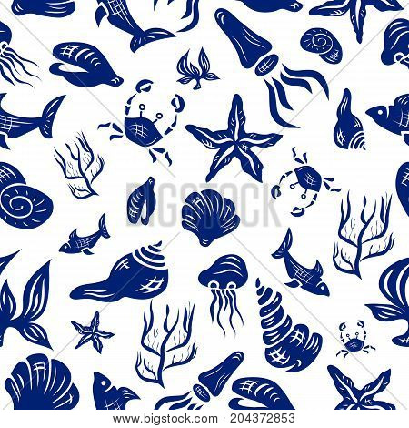 Marine Life Seamless Pattern. Underwater World collection. Icons and symbols hand-drawn